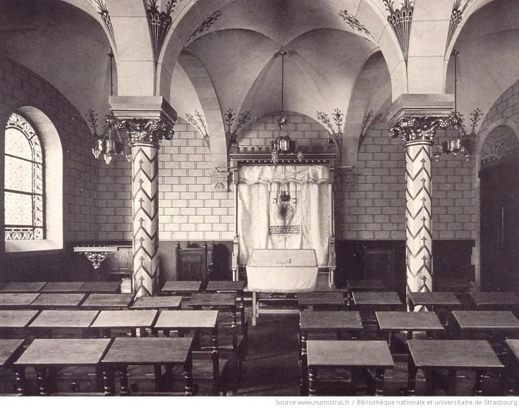 Kapelle_(Innere_Ansicht)_der_neuen_[...]_btv1b102288158_1.jpeg
